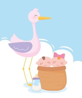 Chá de bebê, cegonha com bebês na cesta e mamadeira, festa de boas-vindas ao recém-nascido