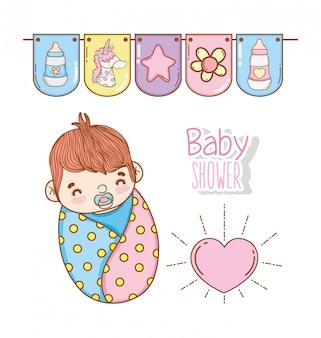 Chá de bebê menino com bandeiras de coração e festa