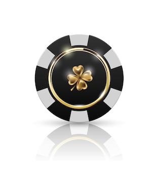 Chip vip de pôquer preto e branco com anel dourado e vetor de efeito de luz. emblema do trevo de quatro folhas do black jack poker club casino isolado no fundo branco com refletir.