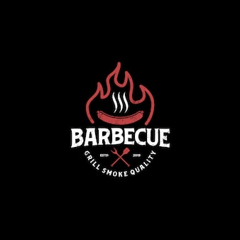 Churrasco bbw grill restaurante comida bebida logotipo - elemento de espátula de salsicha de carne de fogo