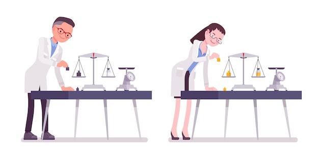 Cientista masculino e feminino, medição de peso. especialista em laboratório físico ou natural em pesquisa de jaleco branco. ciência e tecnologia. estilo cartoon ilustração, fundo branco