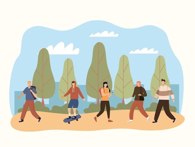 Cinco pedestres caminhando