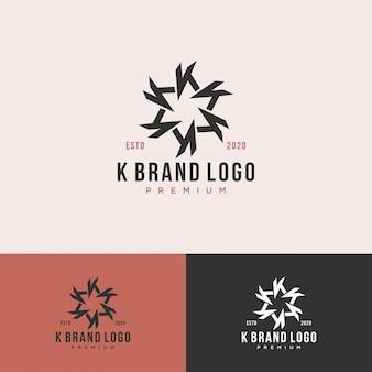 Círculo de logotipo premium letra k