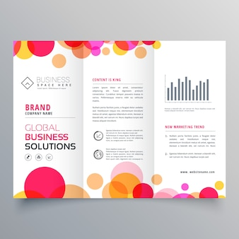 Círculos criativos tri fold brochure template design for business presentation