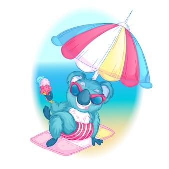 Coala em óculos de sol está sentado na praia com sorvete na mão.