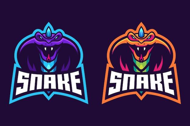 Cobra com design de logotipo esport chifre
