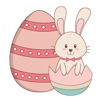Coelhinho com ovo quebrado pintado personagem de páscoa