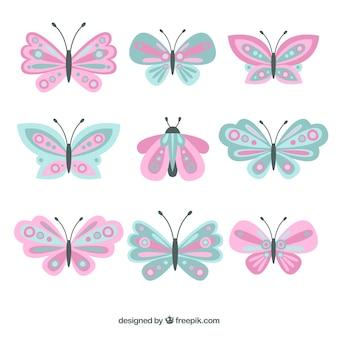 Coleção bonita de borboletas em cores pastel