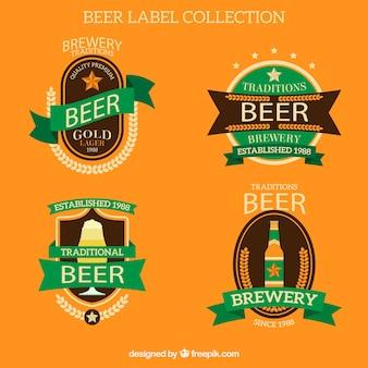 Coleção da etiqueta da cerveja com letras brancas