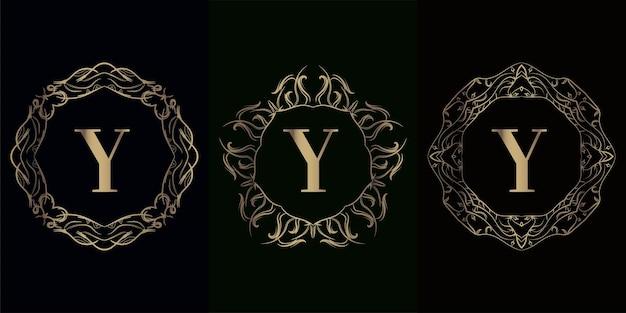 Coleção da inicial do logotipo y com moldura de ornamento de mandala de luxo