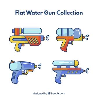 Coleção de armas de água com cores diferentes