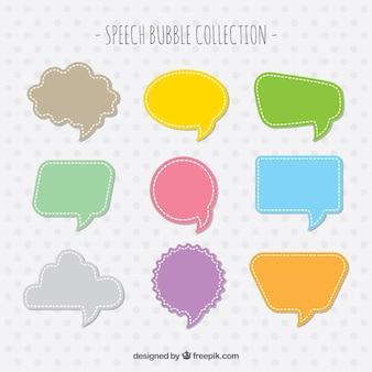 Coleção de balões de diálogo de cores