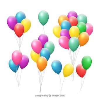 Coleção de bando de balões coloridos em estilo realista