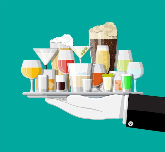 Coleção de bebidas alcoólicas em copos na mão