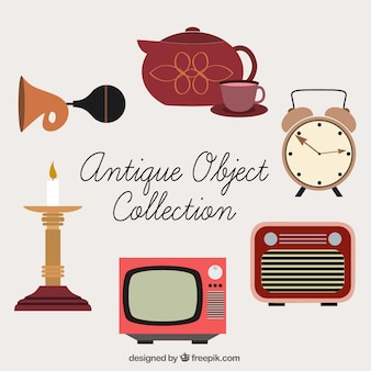 Coleção de belos objetos antigos