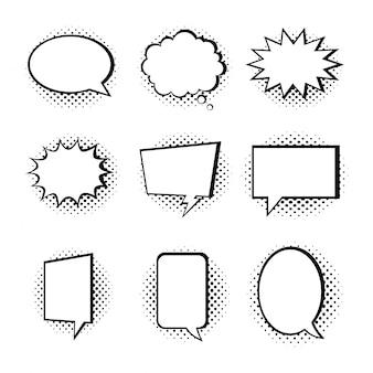 Coleção de bolha do discurso isolada no fundo branco.