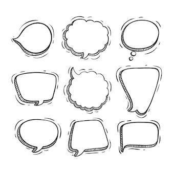 Coleção de bolhas de bate-papo com estilo doodle ou desenho