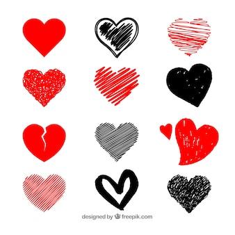 Coleção de coração desenhada mão Vetor Premium