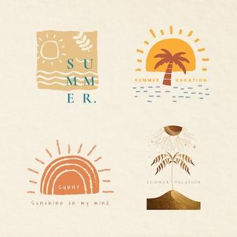 Coleção de elementos de design de impressão de t-shirt de vetor de emblemas coloridos de férias de verão