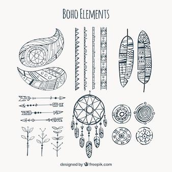 Coleção de elementos desenhados mão do boho
