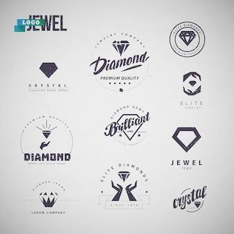 Coleção de emblemas da indústria de jóias com silhuetas de diamante, mãos humanas, texto isolado