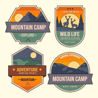 Coleção de emblemas de aventura desenhada à mão