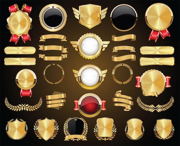 Coleção de emblemas dourados, etiquetas, louros, escudo e placas de metal