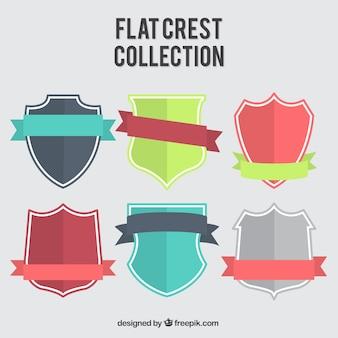 Coleção de escudos heráldicos bastante plana com fitas