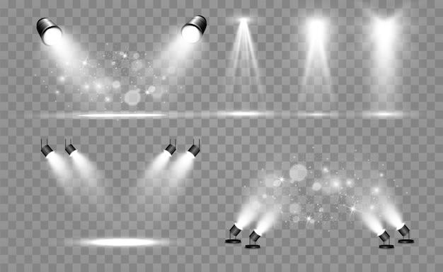 Coleção de holofotes para iluminação de palco, efeitos transparentes de luz. bela iluminação brilhante com holofotes.