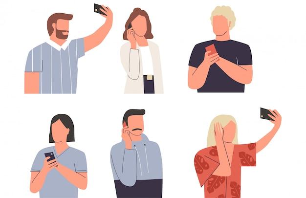 Coleção de homens e mulheres com telefones móveis. adoráveis jovens homens e mulheres falando em seu telefone, tendo selfie, mensagens de texto. conjunto de ações diferentes com telefone. ilustração plana