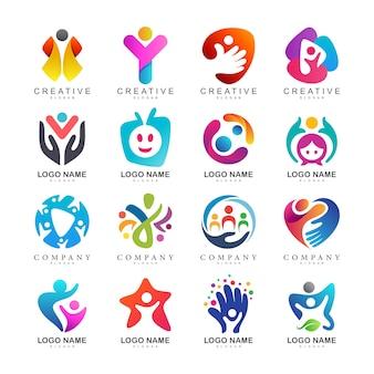 Coleção de logotipo de cuidados de crianças
