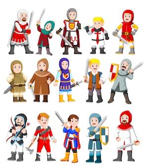 Coleção de personagens de cavaleiro medieval bonito dos desenhos animados