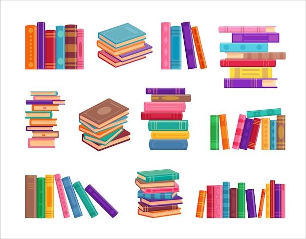 Coleção de pilha de livro isolado no branco