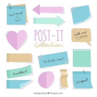 Coleção de post-its modelos com diferentes