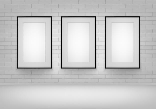 Coleção de pôsteres em branco na parede