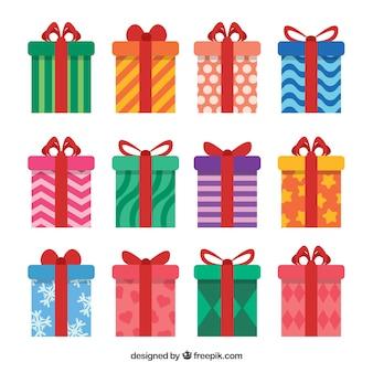 Coleção de presentes coloridos em design plano