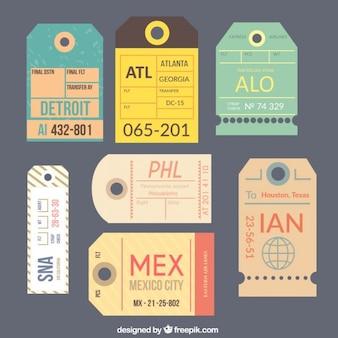 Coleção de tag viagem em design plano