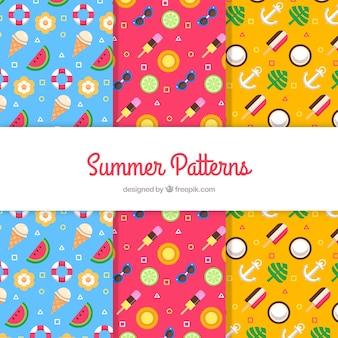 Coleção de três padrões de verão colorido