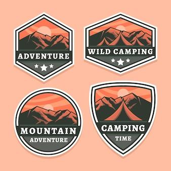 Coleção detalhada de emblemas de aventura