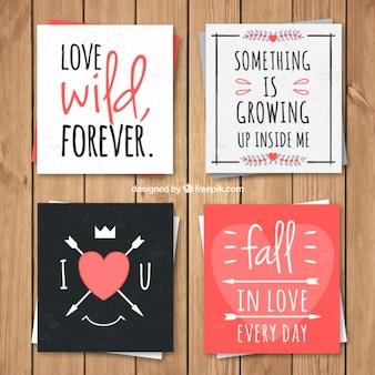 Coleção do cartão de amor encantador com frases românticas