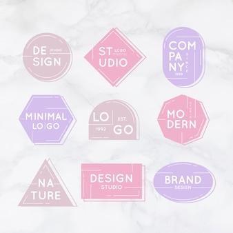 Coleção mínima de logotipo em fundo de mármore