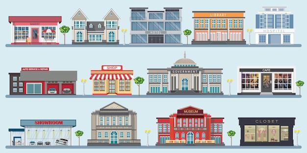 Colorido de edifícios da cidade, com vários grandes edifícios modernos.