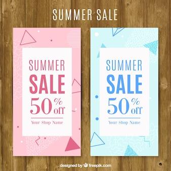 Colorido folhetos venda do verão