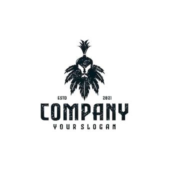 Combinação de cabeça espartana de logotipo criativo com folha de cannabis