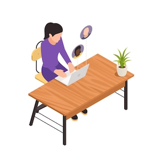 Composição isométrica de construção de equipe virtual online com mulher sentada à mesa com laptop e avatares de colegas de trabalho.