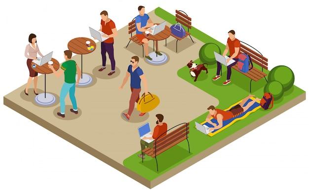 Composição isométrica de freelancer típico dia de verão com local de trabalho ao ar livre na mesa de café do parque cidade gramado