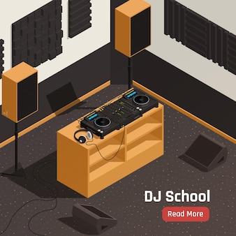 Composição isométrica do interior do estúdio da escola de dj com toca-discos, fones de ouvido, misturadores, amplificadores, ilustração de equipamento acústico
