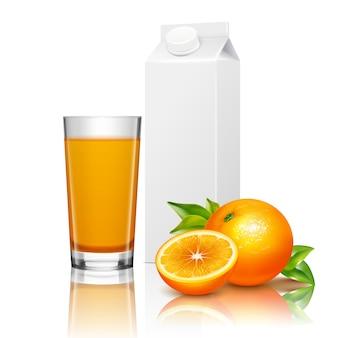 Composição realista de embalagem de suco de frutas