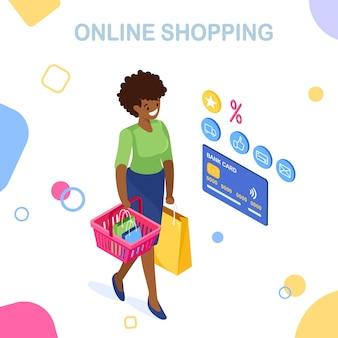 Compra online, venda. compre na loja de varejo pela internet. mulher isométrica com cesta de compras, sacola