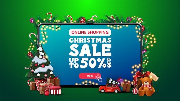 Compras online, liquidação de natal, banner de desconto com tablet grande com oferta e botão na tela e árvore de natal em um pote com presentes